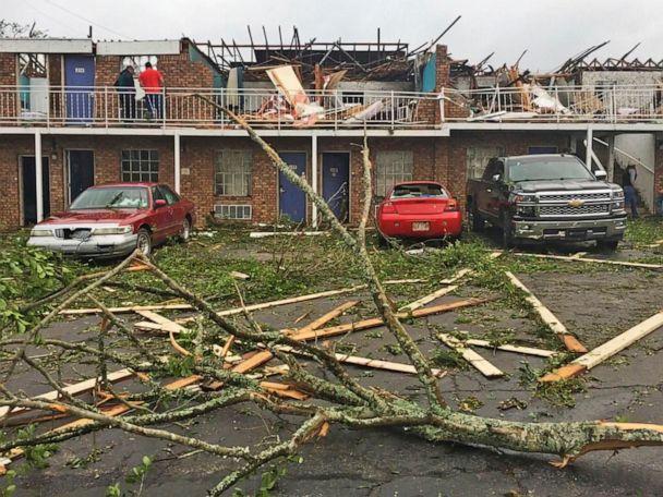 Mother, 14-year-old killed as tornado slams Louisiana