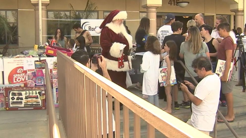 7 Year Old Holds Toy Drive For Kids Affected By The Woolsey Fire