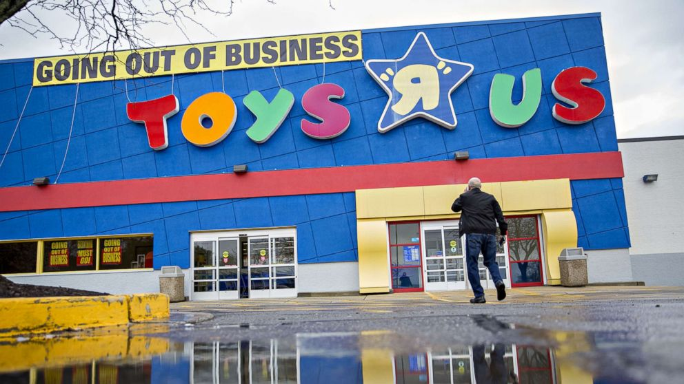Toys R Us To Auction Iconic Mascot Geoffrey The Giraffe Abc News