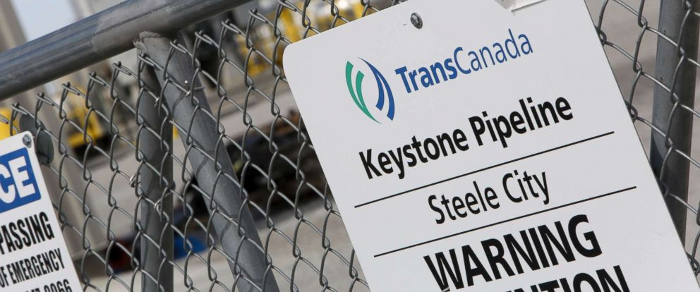 PHOTO: A TransCanada Keystone Pipeline pump station operates outside Steele City, Neb., March 10, 2014.