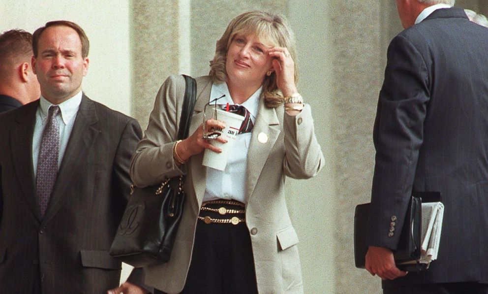 Linda Tripp arrives at the US District Courthouse in Washington, D.C., July 9, 1998.