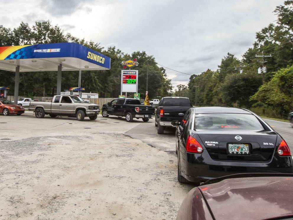 PHOTO: People line up for gasoline as Hurricane Michael bears down on the northern Gulf coast of Florida, Oct. 8, 2018 outside Tallahassee, Fla.