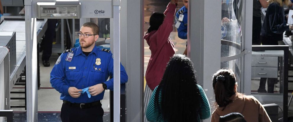 PHOTO: Transportation Security Administration (TSA) officers work unpaid on the first day of the government shutdown, at LAX Airport in Los Angeles, Calif., Dec. 22, 2018.