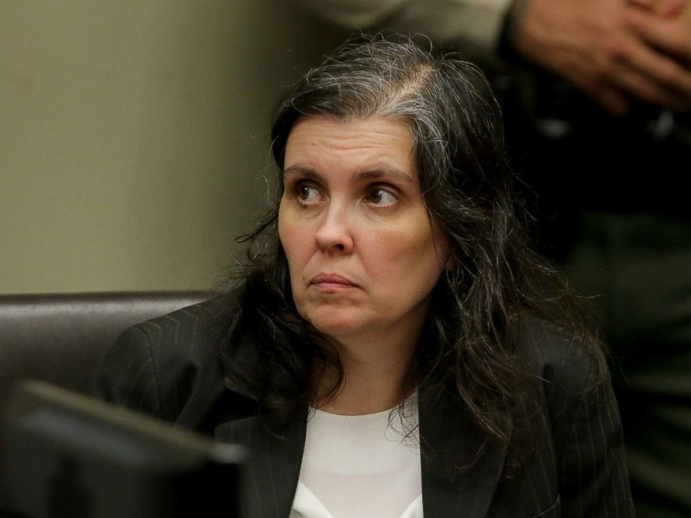 PHOTO: Louise Anna Turpin appears in court for arraignment with attorneys on Jan. 18, 2018 in Riverside, Calif.