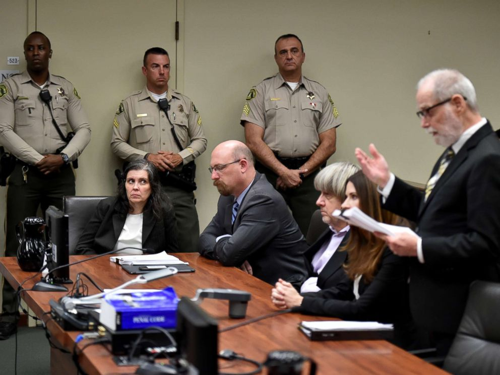PHOTO: Louise Anna Turpin and David Allen Turpin appear in court for arraignment with attorneys on Jan. 18, 2018 in Riverside, Calif.