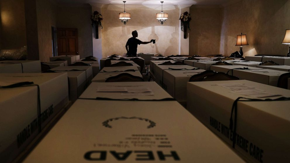 'Unprecedented': As the dead pile up, funeral homes feel the crush of coronavirus pandemic thumbnail