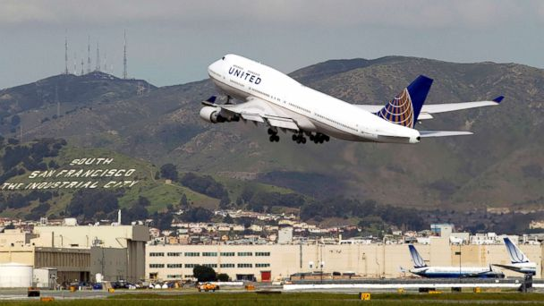 United Airlines News & Videos - ABC News - ABC News