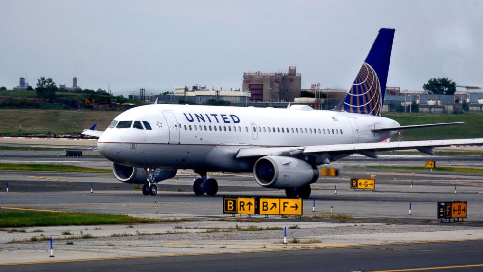 A United Airlines Airbus passenger jet taxis at LaGuardia Airport in New York, in this Sept. 21, 2017 file photo.