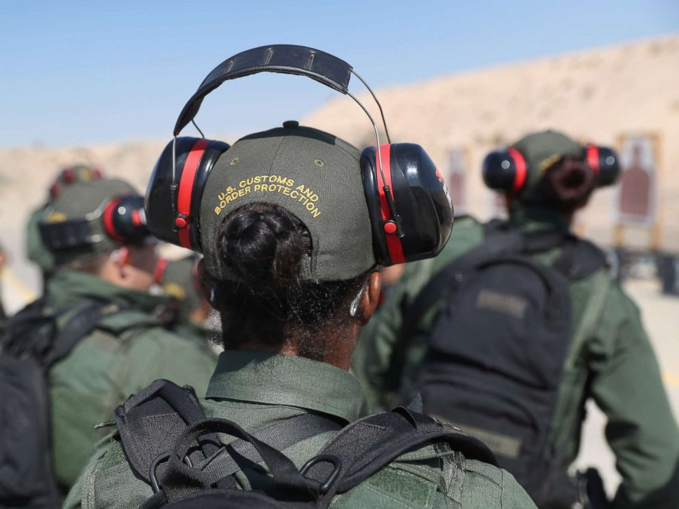 PHOTO: U.S. Border Patrol trainees take part in a weapons training class at the U.S. Border Patrol Academy on Aug. 3, 2017 in Artesia, New Mexico.