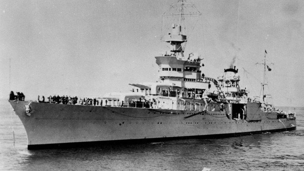 Last living officer of USS Indianapolis dies at 98 thumbnail