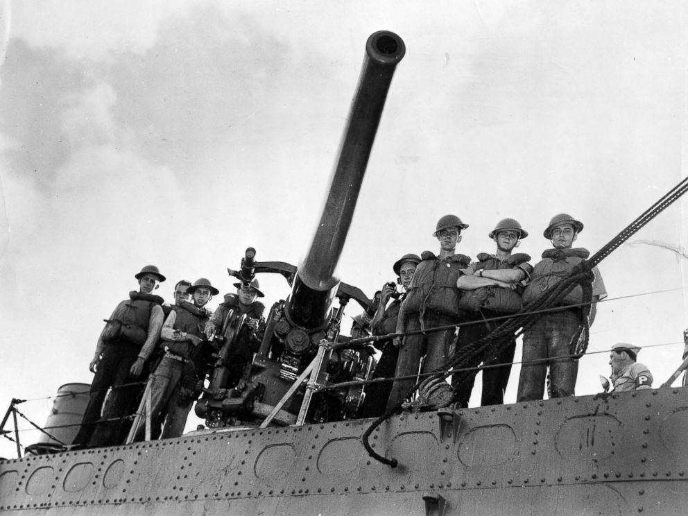 PHOTO: The USS Wards number three gun and its crew-cited for firing the first shot the day of Japans raid on Hawaii, while operating as part of the inshore patrol early in the morning of Dec. 7, 1941.