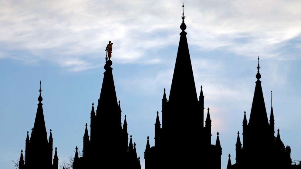 Utahのお知らせい変換療法は禁止後のバックさせるプッシュバックからの宗教グループ
