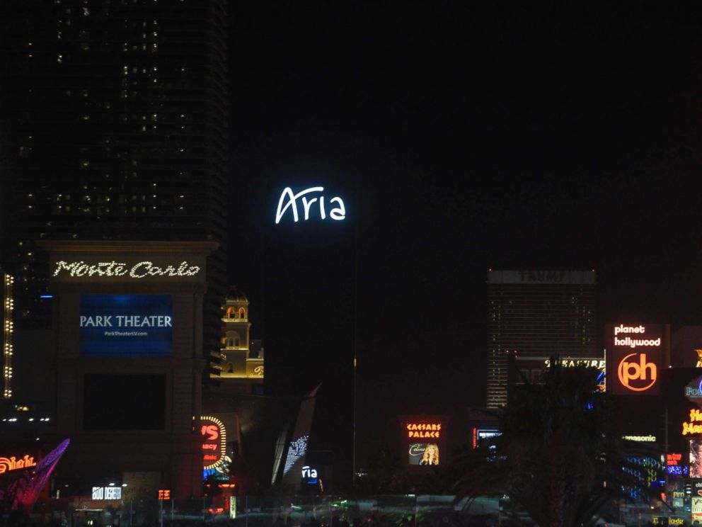 PHOTO: Las Vegas lights dimmed for 11 minutes on Oct. 8, 2017 to honor the victims of the mass shooting.