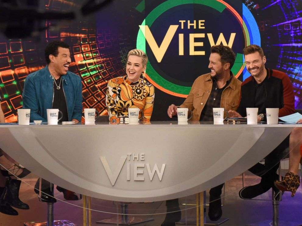 PHOTO: Lionel Richie, Katy Perry, Luke Bryan, and Ryan Seacrest, March 5, 2019, on ABCs The View.