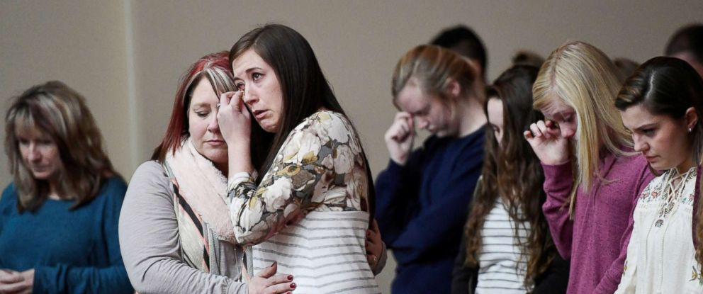PHOTO: Students attend a prayer vigil for students killed and injured at Marshall County High School, at Life in Christ Church in Marion, Ky., Jan. 23, 2018.