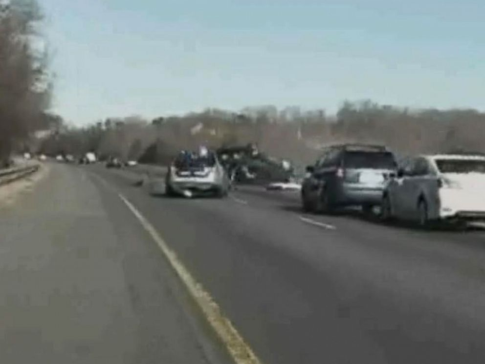 Murder suspect flips SUV during Virginia police chase - ABC News