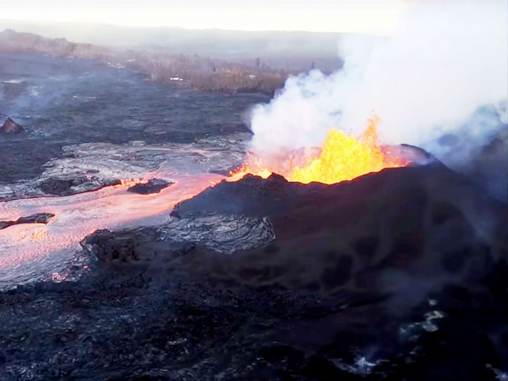 Aerial Footage Shows New Lava Delta in Hawaii's Kapoho Bay