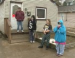 VIDEO: Superstorm Sandy-battered residents of Keansburg are reluctant to leave, despite warnings.