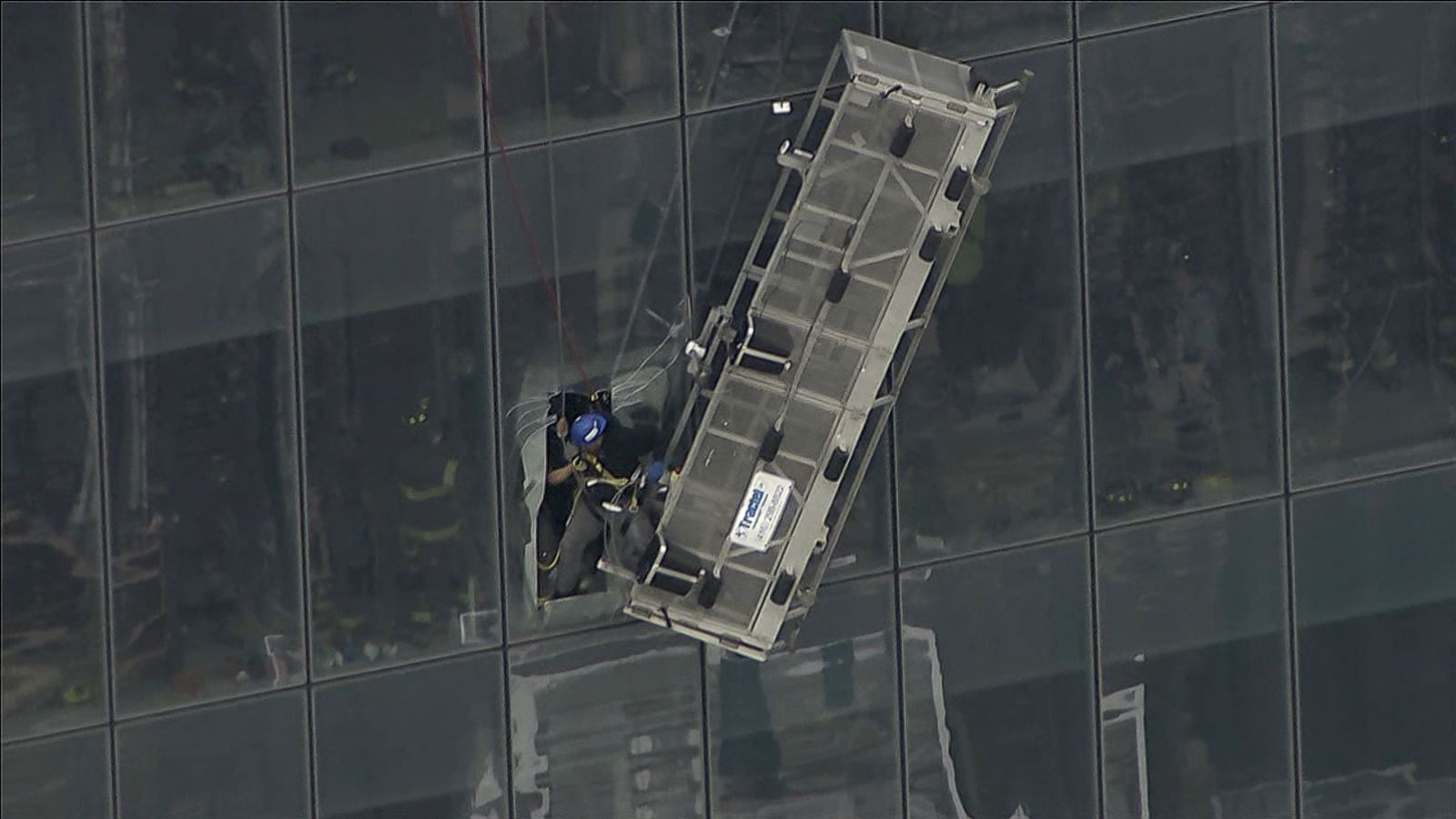 Trapped Window Cleaners Rescued From 1 World Trade Center Abc News