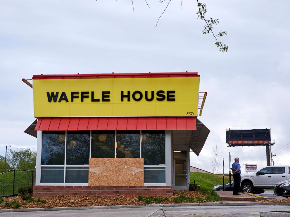 PHOTO: The Waffle House restaurant where a gunman opened fire early Sunday morning in Nashville, Tenn., April 23, 2018.