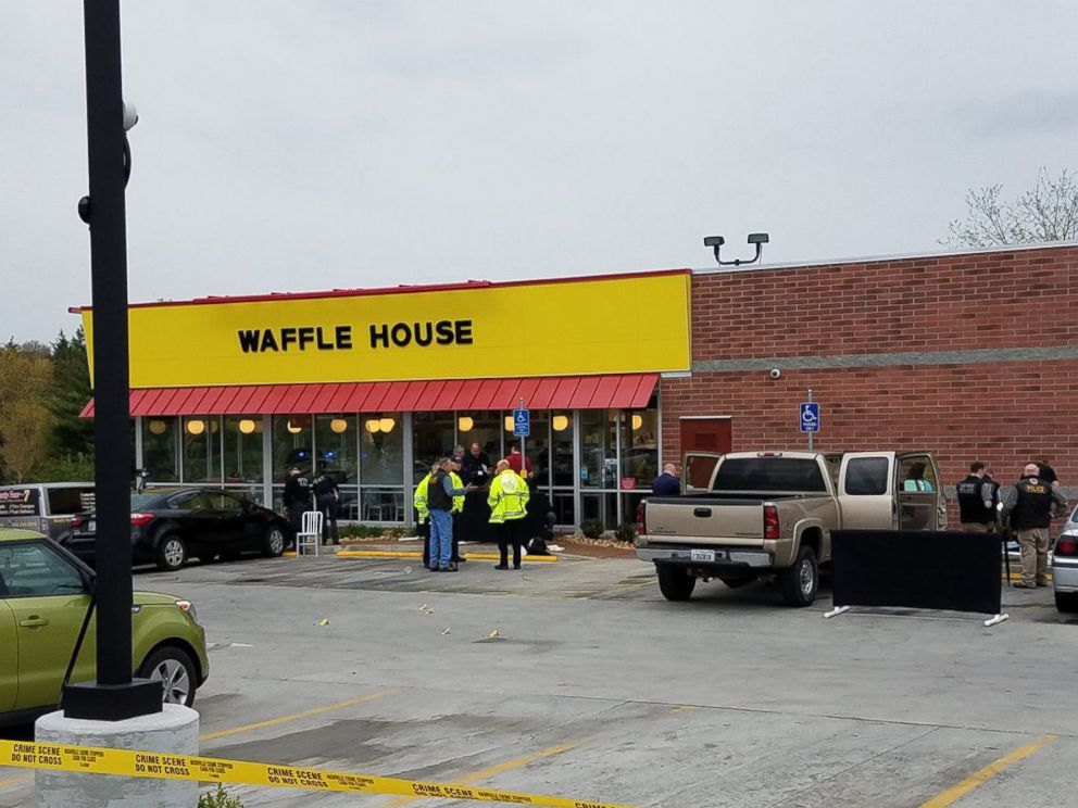PHOTO: Metro Nashville Police Department Experts Investigate The Scene Of A  Shooting At A Waffle