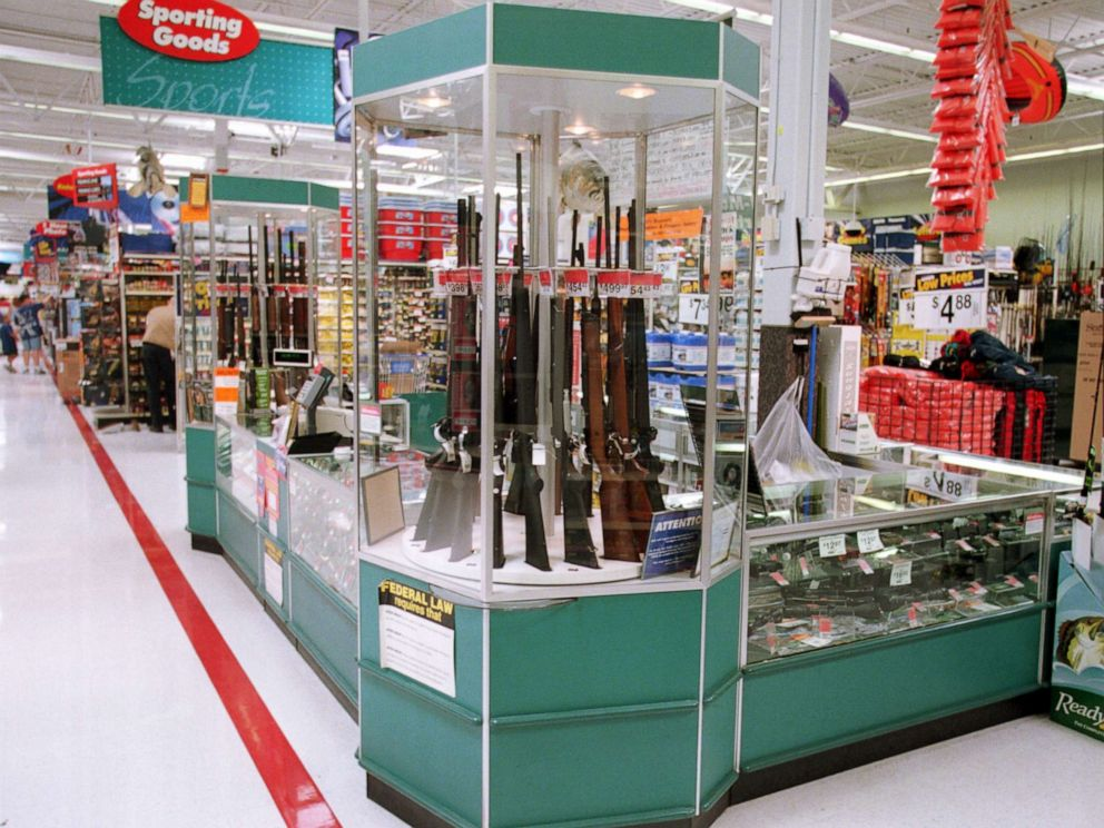 PHOTO: Guns for sale at a Wal-Mart, July 19, 2000.