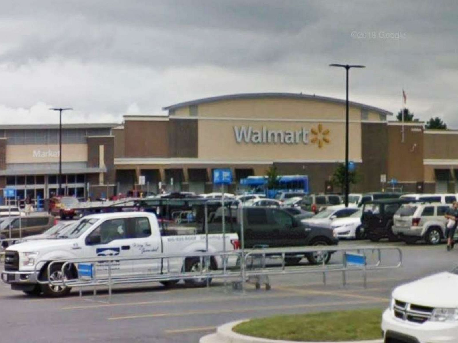 Sheriff blasts Walmart's security following armed robbery at