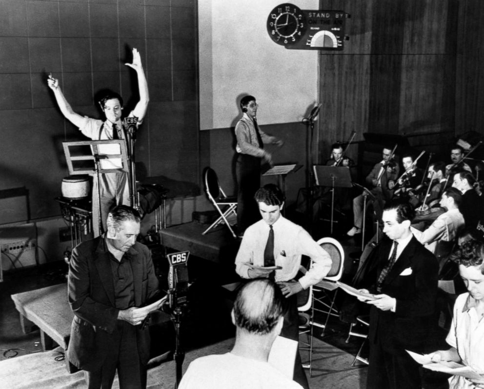PHOTO: Orson Welles is seen rehearsing his radio depiction of H.G. Wells classic, The War of the Worlds.