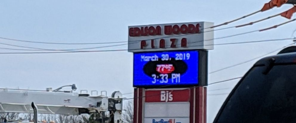 PHOTO: The temperature reached 77 degrees in Edison, N.J., on Saturday, March 30, 2019, as the Northeast enjoyed a beautiful spring day.