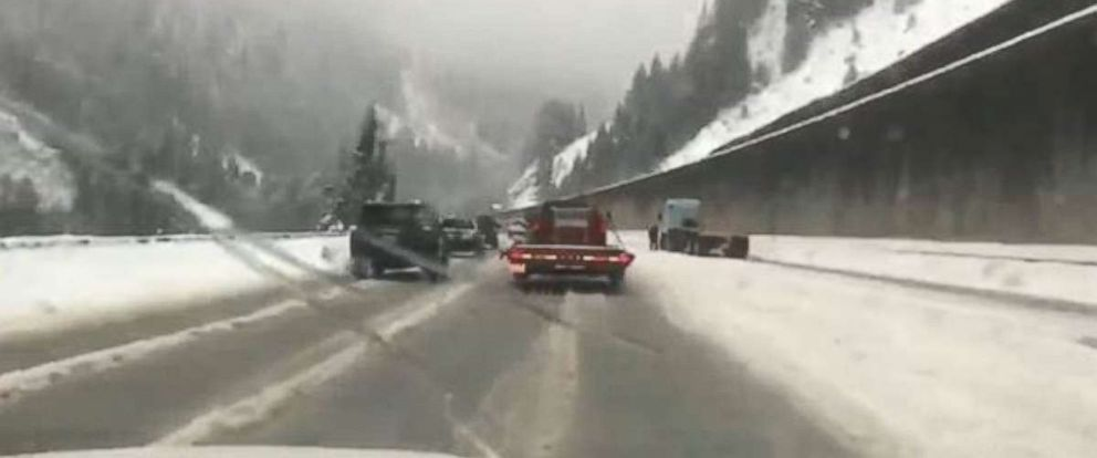 PHOTO: Heavy snow made travel difficult on Interstate 90 near the Snoqualmie Pass in Washington state on Tuesday, Dec. 11, 2018.