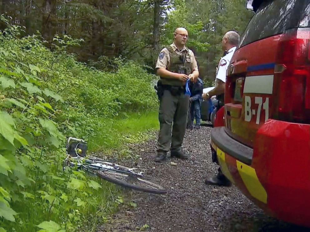 PHOTO: Washington Fish and Wildlife officials suspect this cougar, who they described as emaciated, attacked as pair of mountain bikers in the Cascade Mountain foothills east of Seattle on Saturday, killing one and severely injuring another.