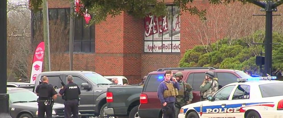 PHOTO: A hostage situation is reportedly underway at a credit union in Tuscaloosa, Alabama.
