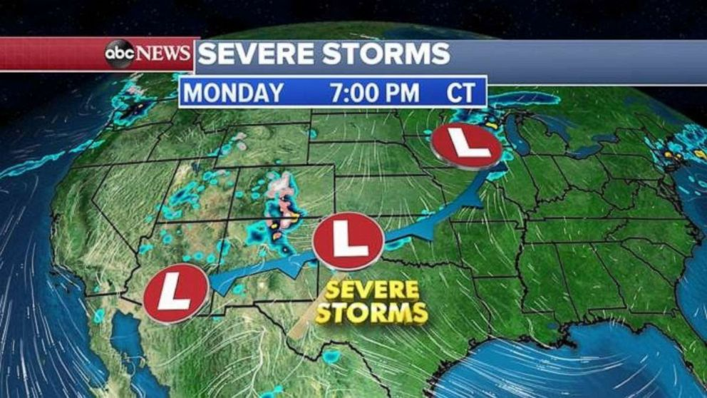 PHOTO: A strong system is making its way across the U.S. again.