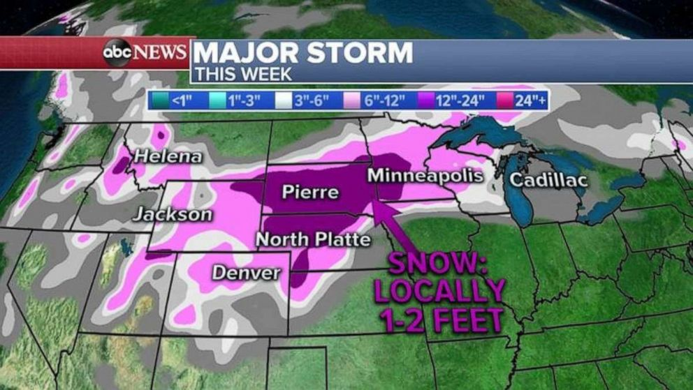 PHOTO: Parts of the upper Midwest could see up to 2 feet of snow this week.