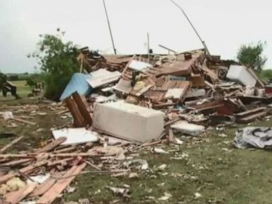 Violent long-lasting tornadoes threaten Oklahoma Texas