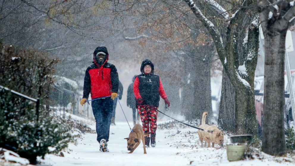 More snow slams Northeast as tornadoes ravage Alabama thumbnail