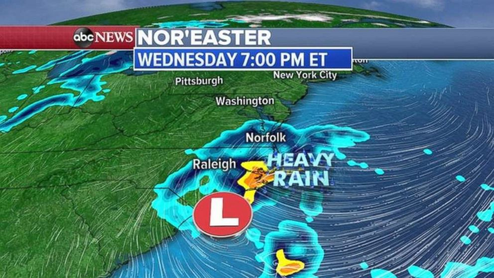 PHOTO: Heavy rain will develop off the coast of the Carolinas on Wednesday night.