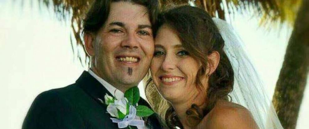 PHOTO: Robert Lee Cooper and Ariel Vanessa Prim are pictured in their wedding photo.
