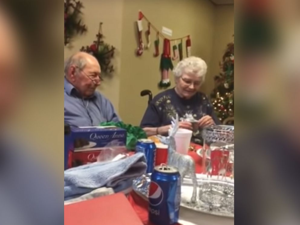 PHOTO: A man surprised his wife of 67 years with a wedding ring after she lost hers.