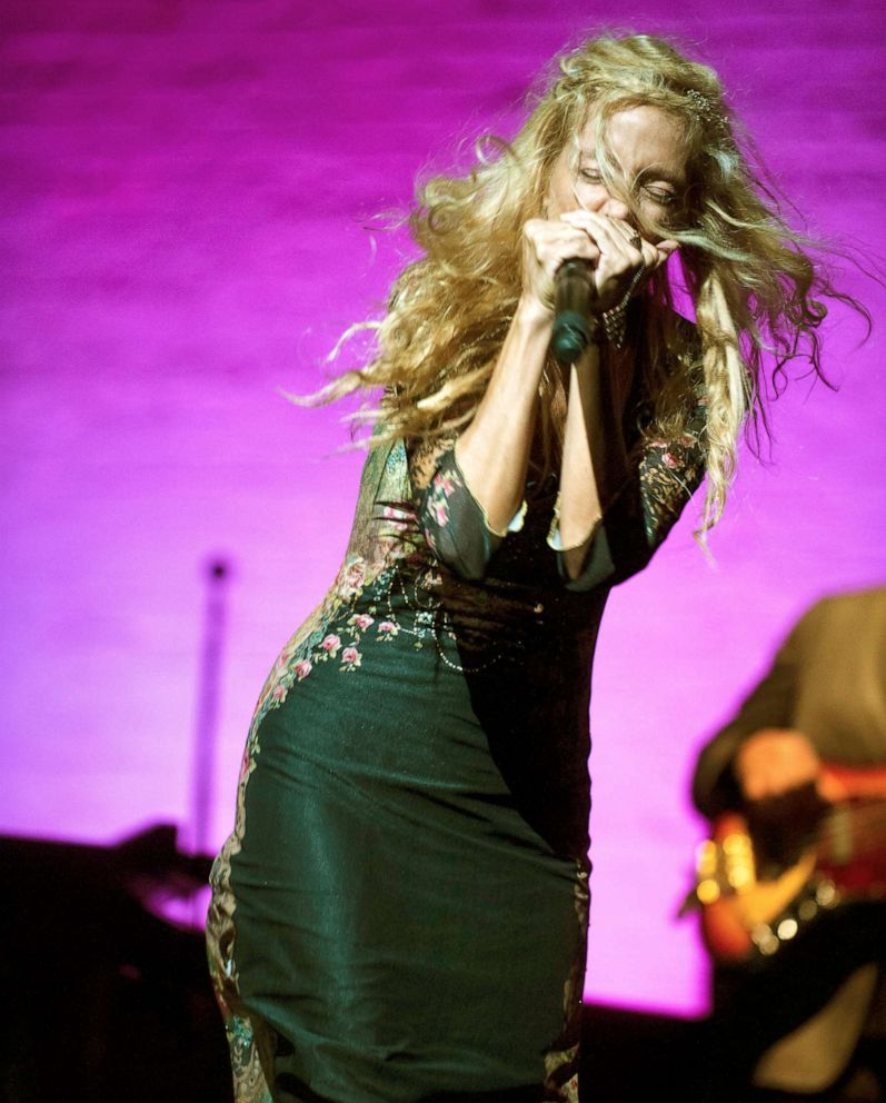 PHOTO: Wendy Oxenhorn performs at Apollo Theater in New York.