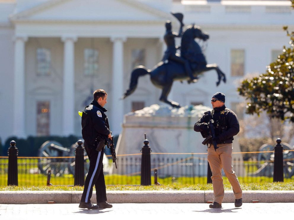PHOTO: Law enforcement officers at Lafayette Park across from the White House in Washington, close the area to pedestrian traffic, March 3, 2018.