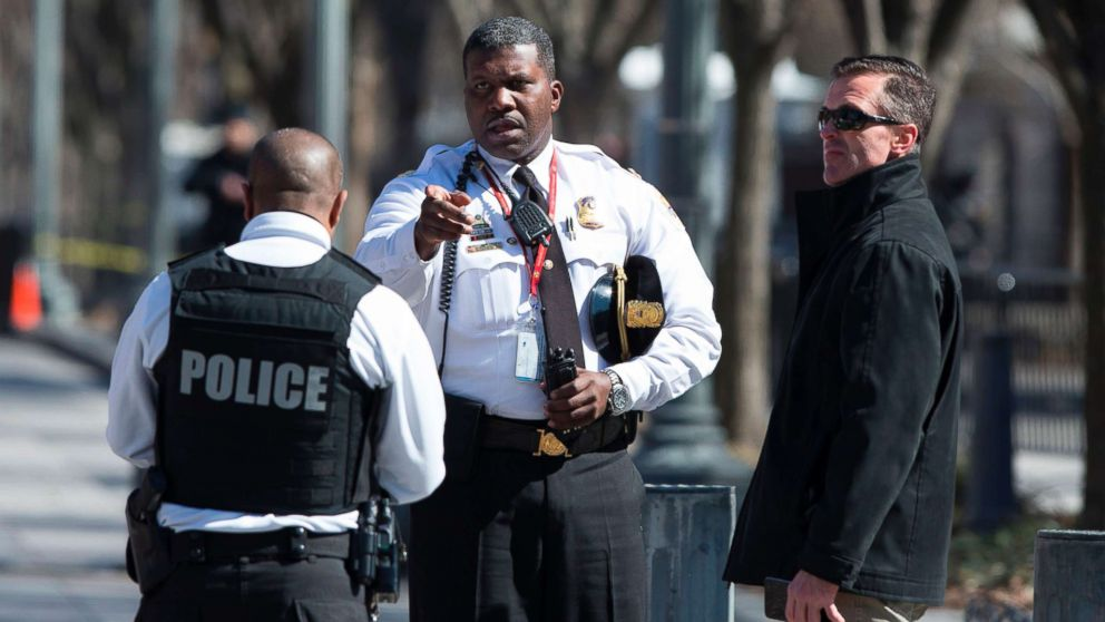 Police are seen outside the White House as several blocks are closed down by the United States Secret Service, March 3, 2018 in Washington, D.C.