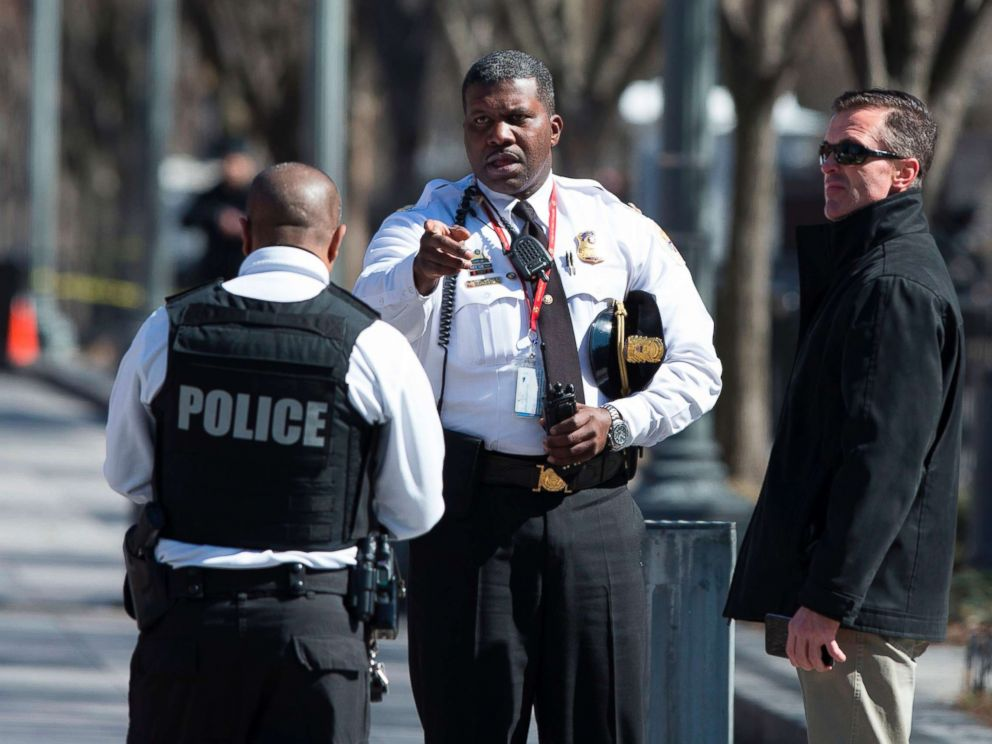 PHOTO: Police are seen outside the White House as several blocks are closed down by the United States Secret Service, March 3, 2018 in Washington, D.C.