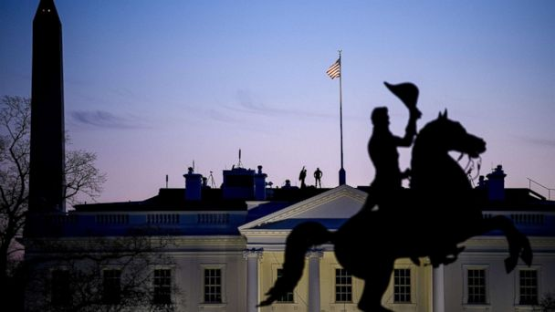 https://s.abcnews.com/images/US/white-house-washington-monument-gty-jc-190116_hpMain_16x9_608.jpg