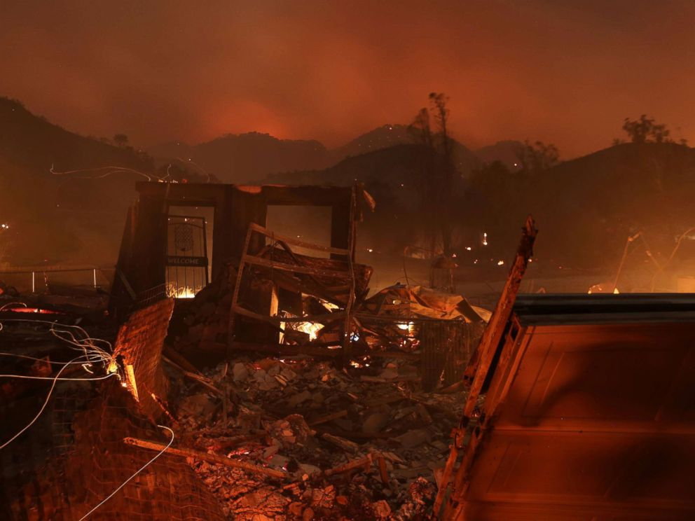 PHOTO: A home burns as strong winds push the Thomas Fire across thousands of acres near Santa Paula, Calif., Dec. 5, 2017.