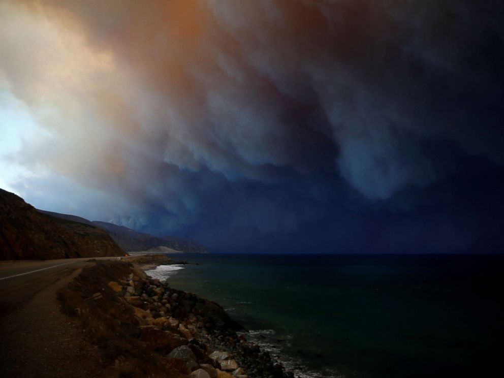 PHOTO: The Woolsey Fire burns in Malibu, Calif., Nov. 9, 2018.