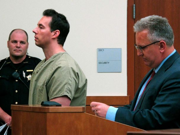 Defense seeks to drop charges for doctor accused of killing patients