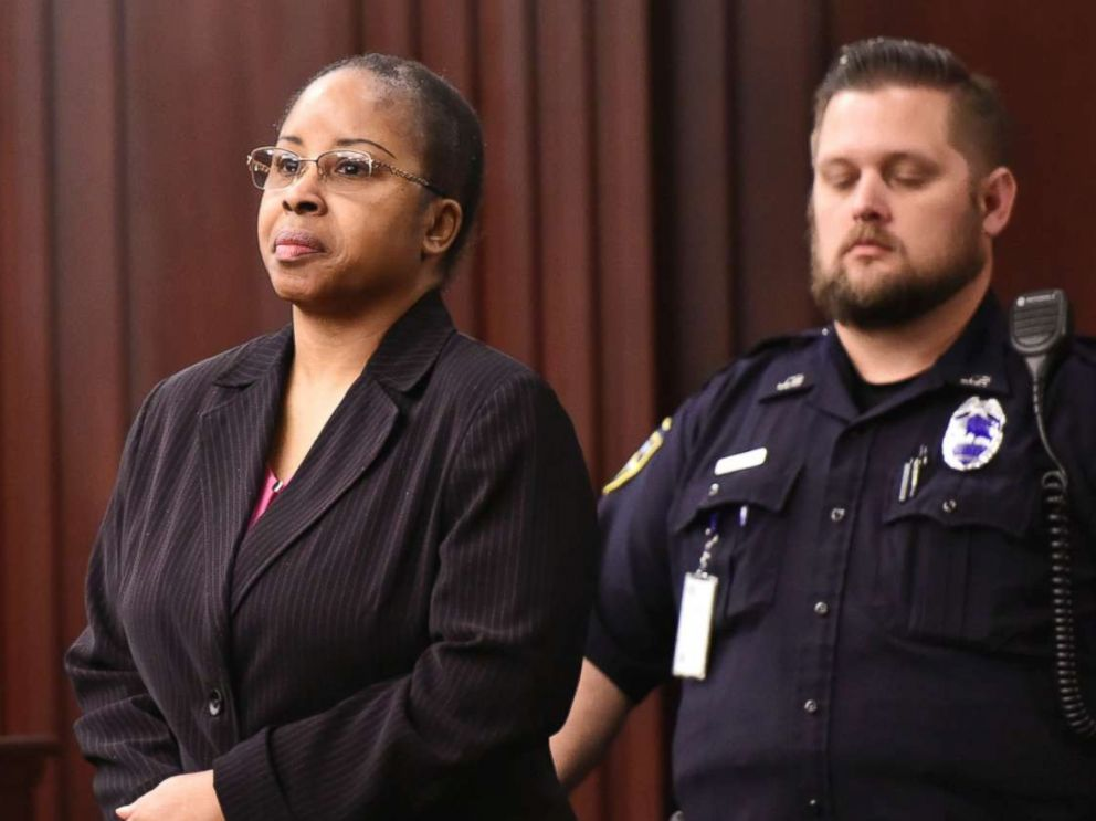PHOTO: Gloria Williams enters the courtroom for sentencing, May 3, 2018, at the Duval County Courthouse in Jacksonville, Fla.