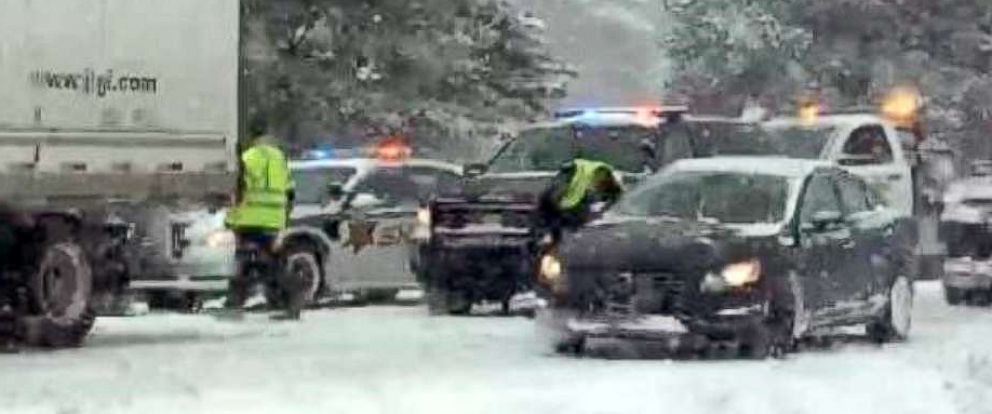 PHOTO: Police are reporting serious injuries in a multiple vehicle crash that closed northbound U.S. 23 in Fenton Township, Mich., Feb. 9, 2018.
