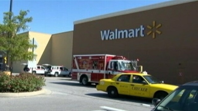 VIDEO: Theresa Monique Jefferson was charged with assault in fight with another Walmart patron.